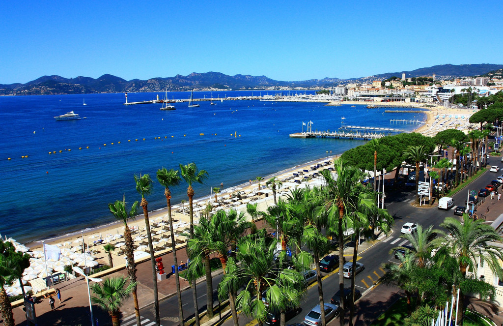 NICE COTE D'AZUR AIRPORT TRANSFER TO CANNES