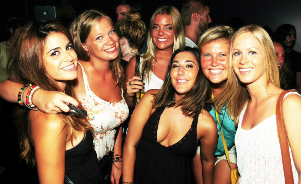 De Riviera Bar Crawl : Top Nachtleven Dichtbij Nice Frankrijk