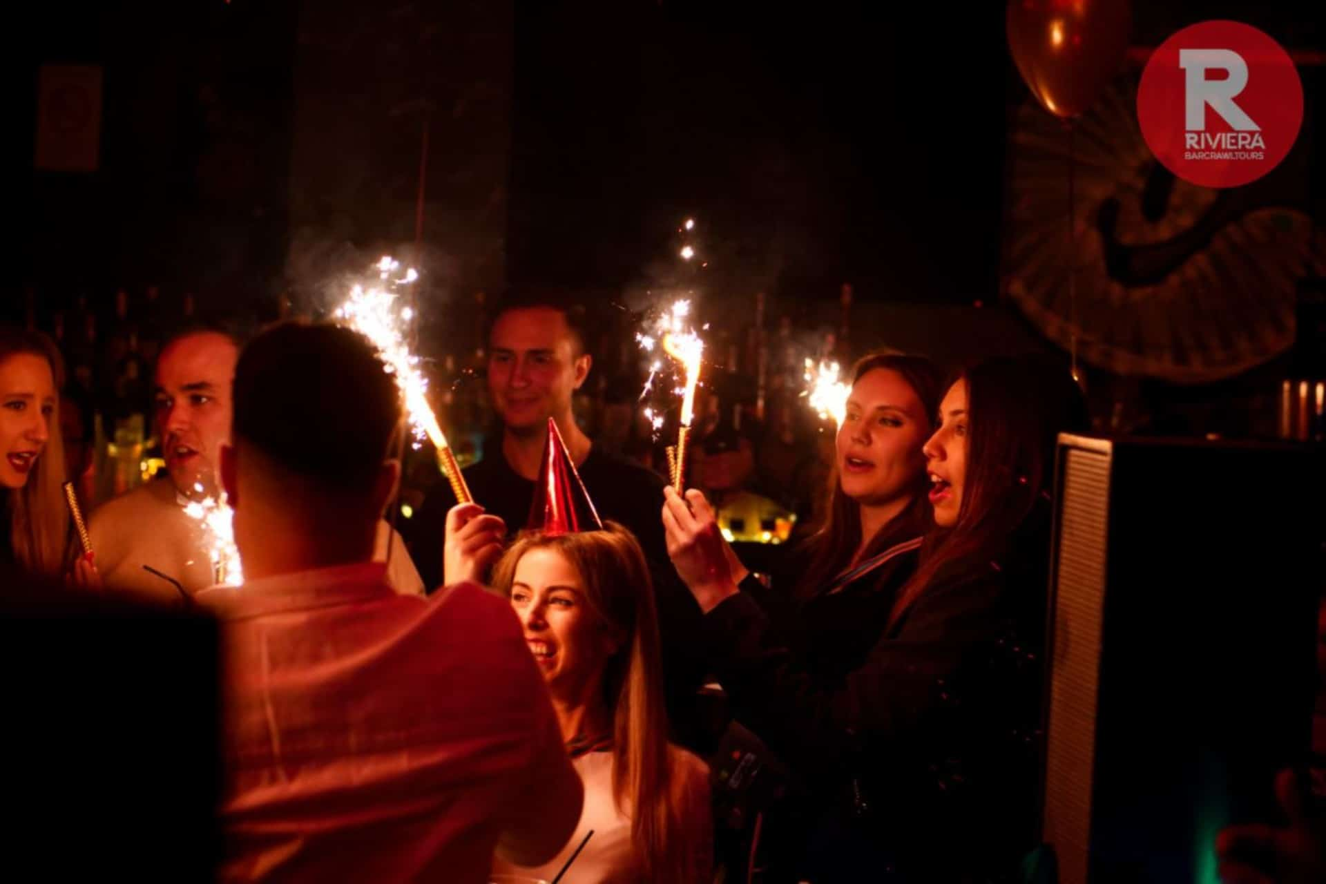 Wo man in Nizza feiern kann Frankreich riviera bar crawl tours