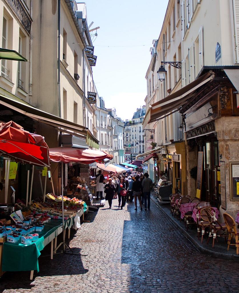 what-is-latin-quarter-paris-rue-mouffetard