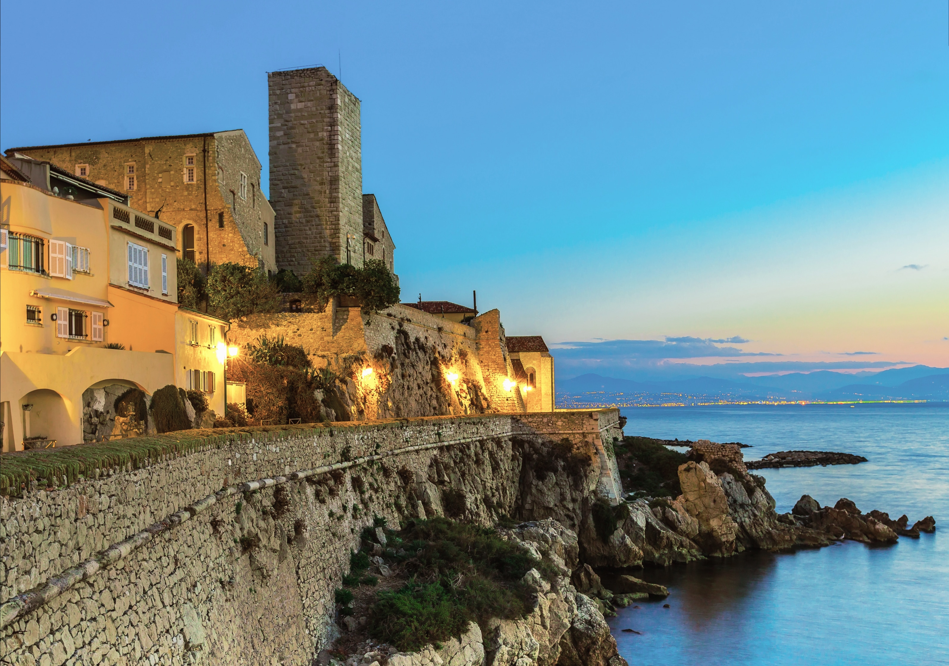 Walking-tours-South-of-France