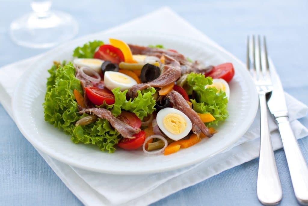 salade-nicoise-city-break-nice