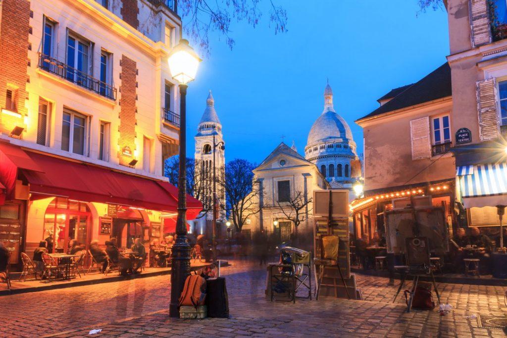 montmartre-paris-night