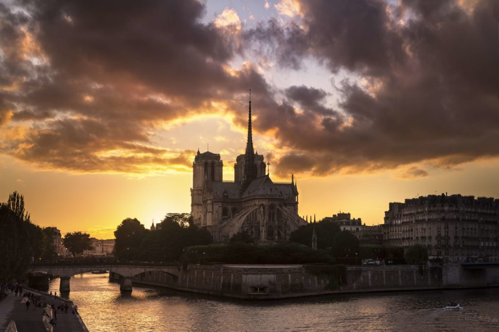 paris-night-walking-tour-night