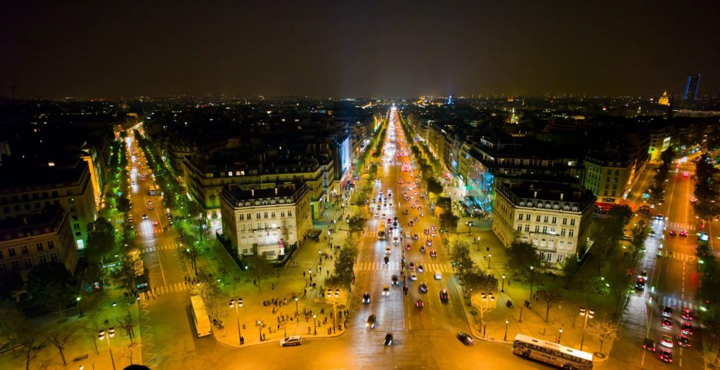 paris-night-walking-tour-view.j