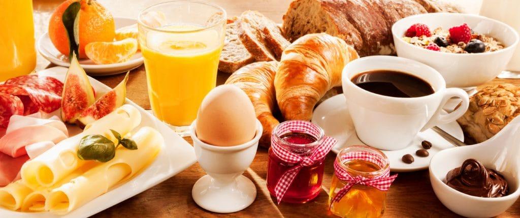 breakfast-nice-france