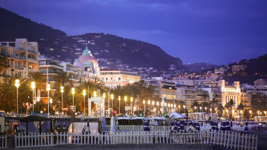 what-is-promenade-des-anglais-night