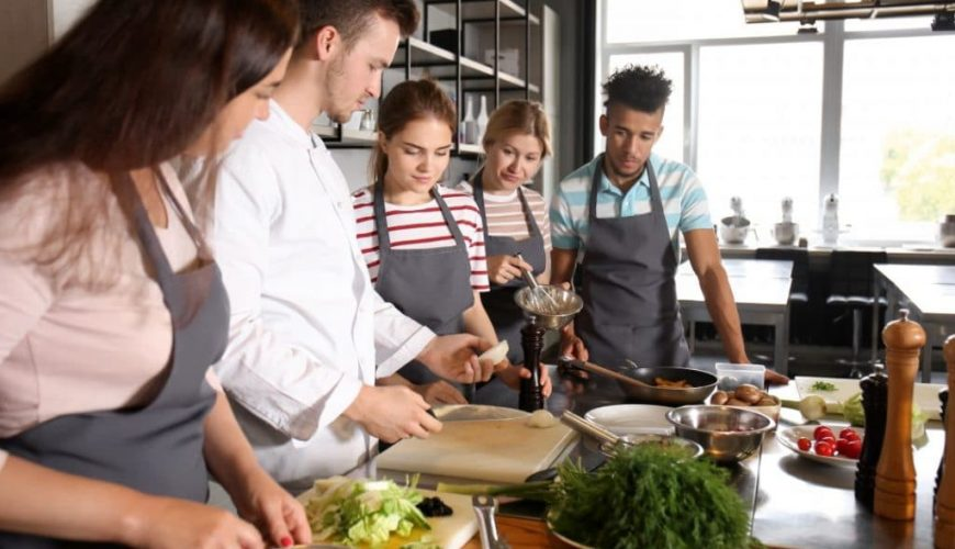 cooking classes paris riviera barcrawl tours