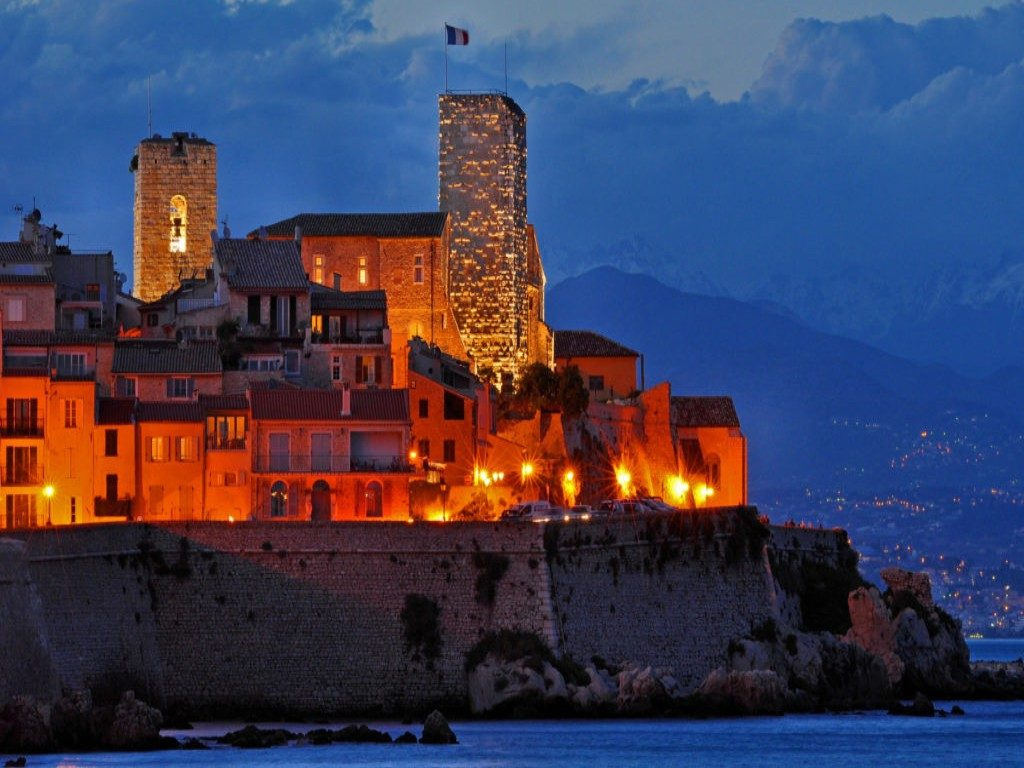 french riviera tours antibes at night