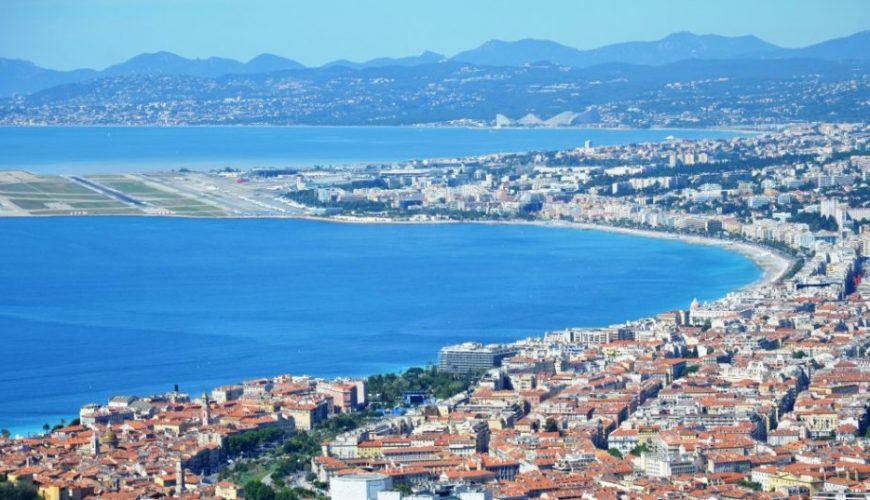 Vom Flughafen Nizza nach Cannes