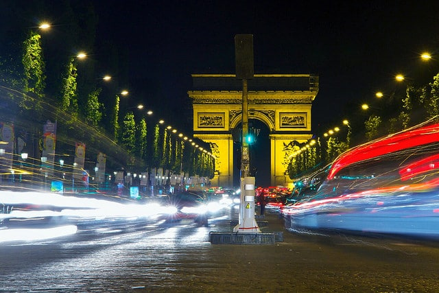 vparis nightlife tours arc de triomphe