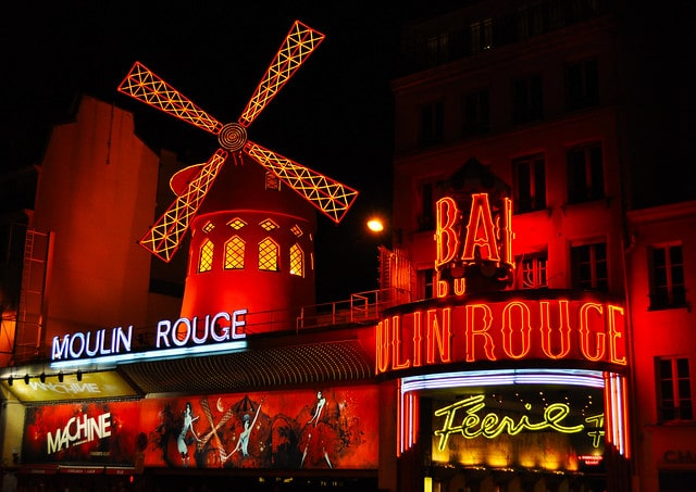 Paris red light district bars