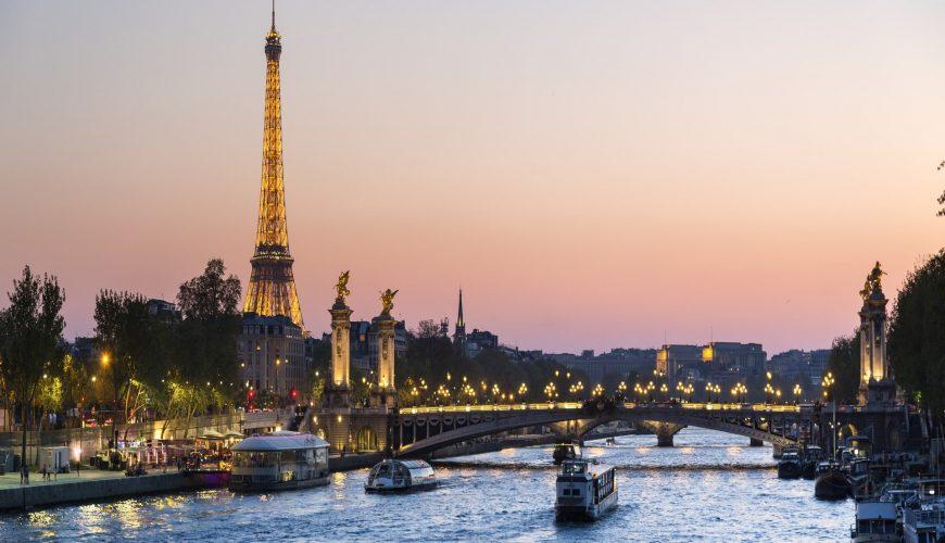 paris tour guide jobs