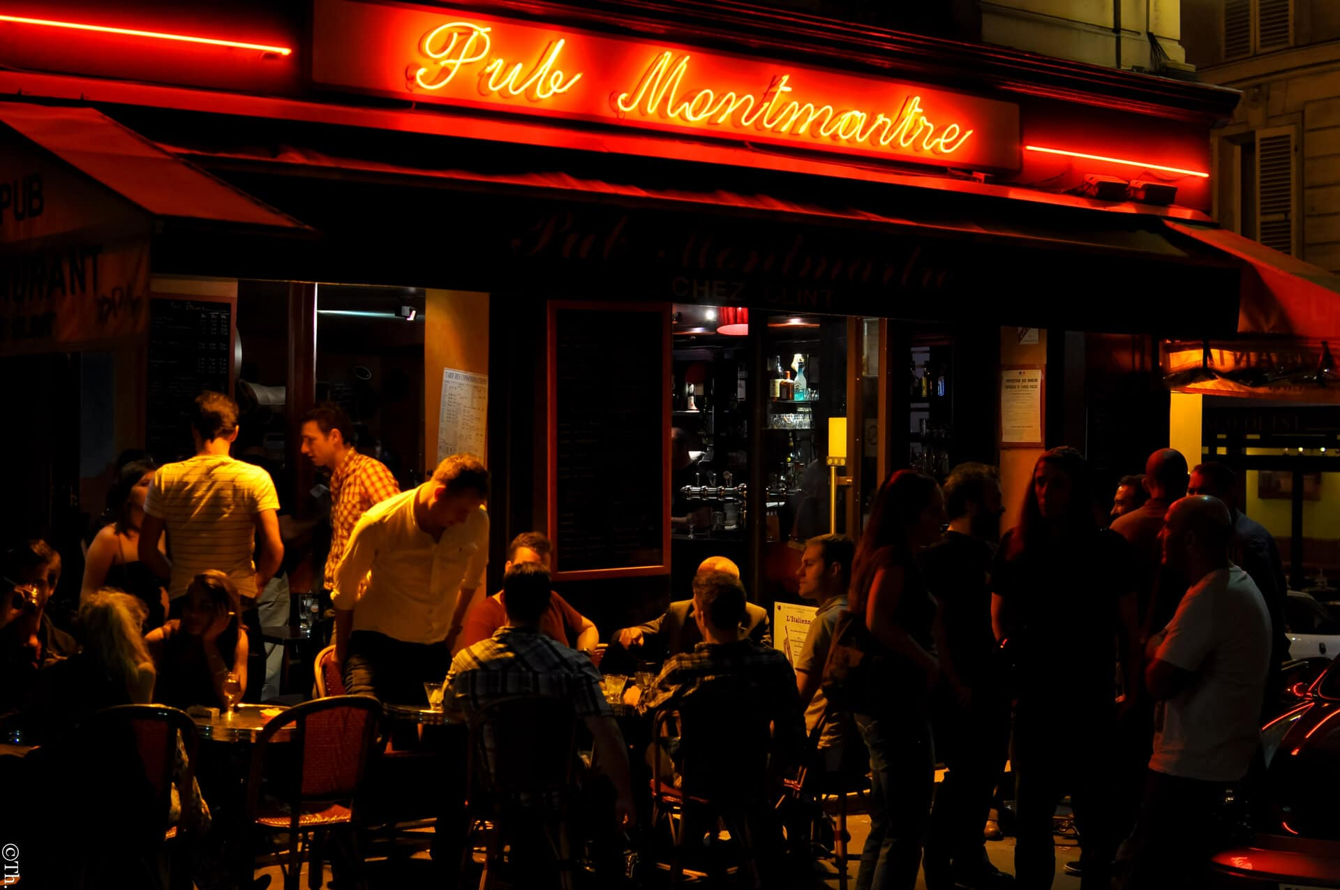 Where to go out in Paris the best neighborhoods