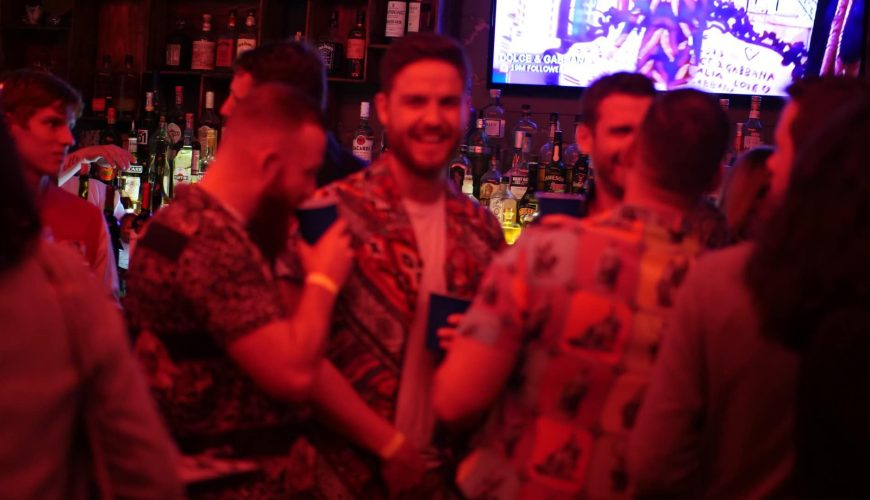 pub crawl saigon