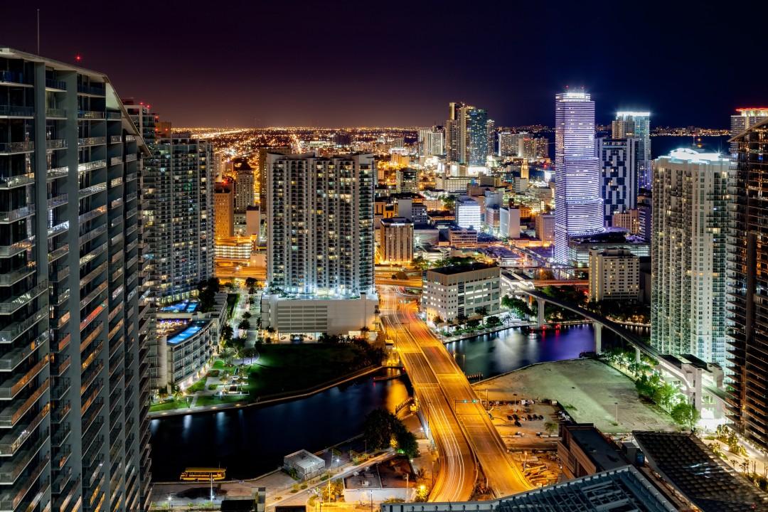 Bar Crawl Miami