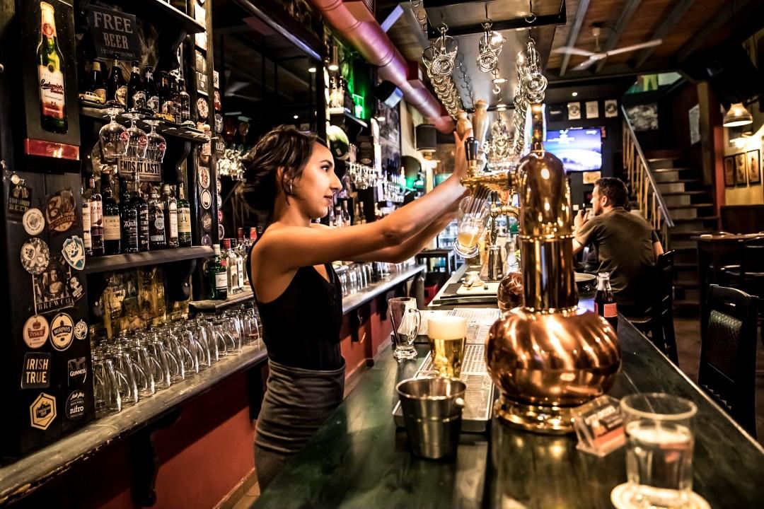 Bar Crawl Oakland
