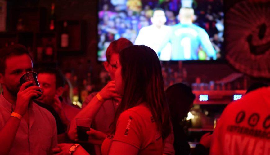 bar crawls dallas